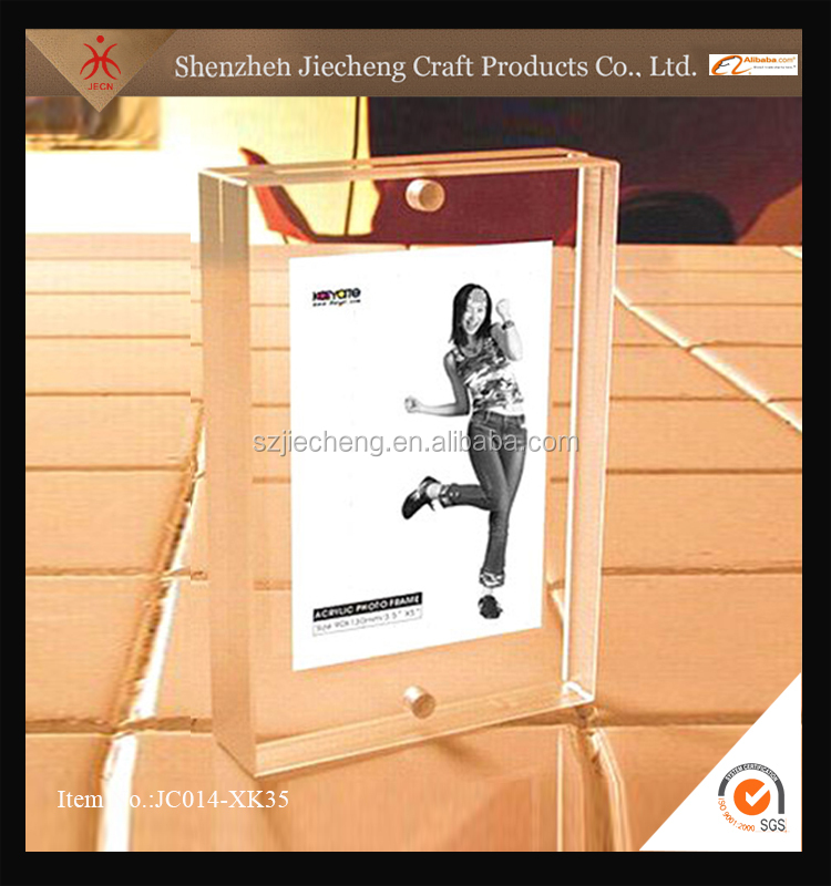 Wholesale plastic acrylic hanging latest design of photo frame