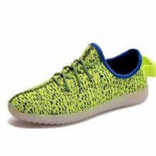 2017 new design led light shoes woman in China