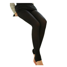 Winter Hot Sell Ladies Hollow Out Warm Plus Velvet Knitted Leggings New Breathable Slim Mesh Thicken Stirrup Leggings