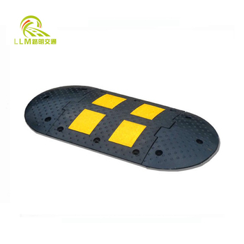 Wholesale Russian style 500mm traffic safety reflective rubber speed bump