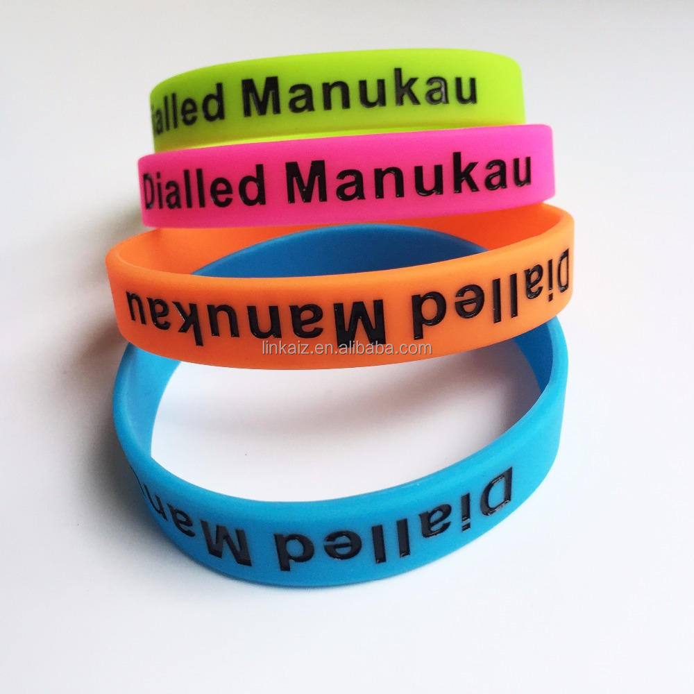 debossed wristband customize cheap engraved silicone bracelets