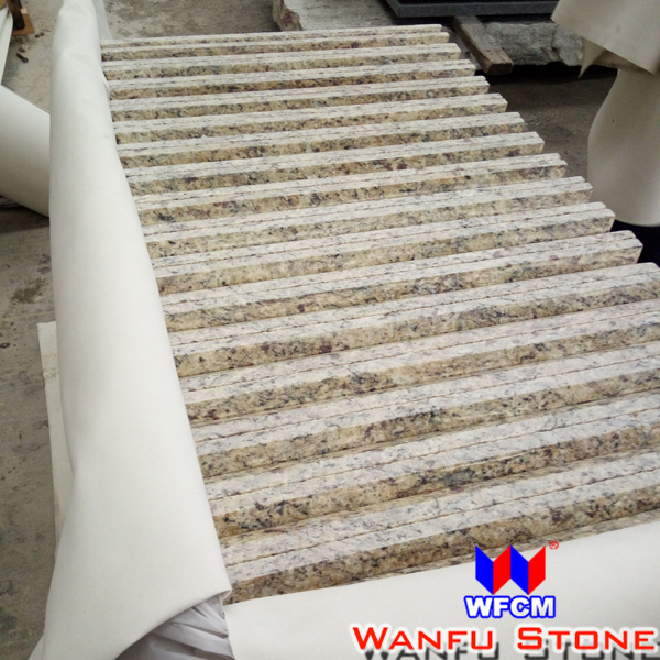 Polished Granite Flooring Tiles Brazil Gold Yellow