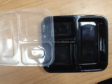 three compartments pp plastic packing food tray with black body and white lid