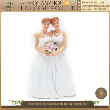 Factory direct price deft design resin love lesbian figurines gift for wedding