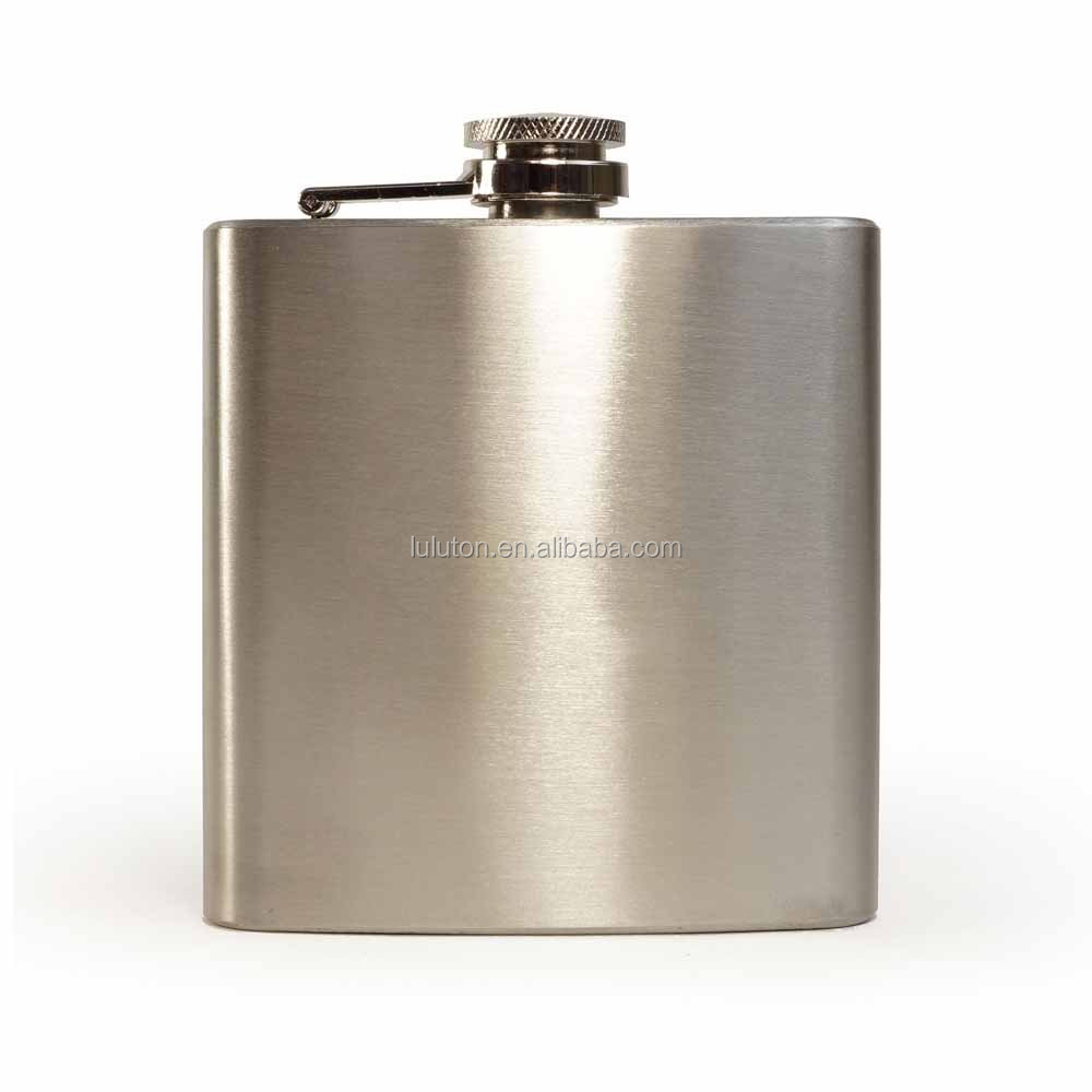 Customized Stainless steel leather hip flask for liquor best man hip flask