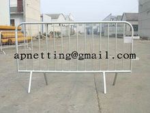 Top quality Fixed Foot Pedestrian Crowd Control Barriers Packon construction sites and road works