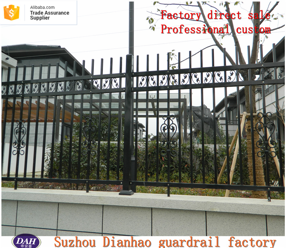 ISO 9001 Factory Cheap Prefab Galvanized Tubular designs for steel fence exported to Australia for Garden and Pool