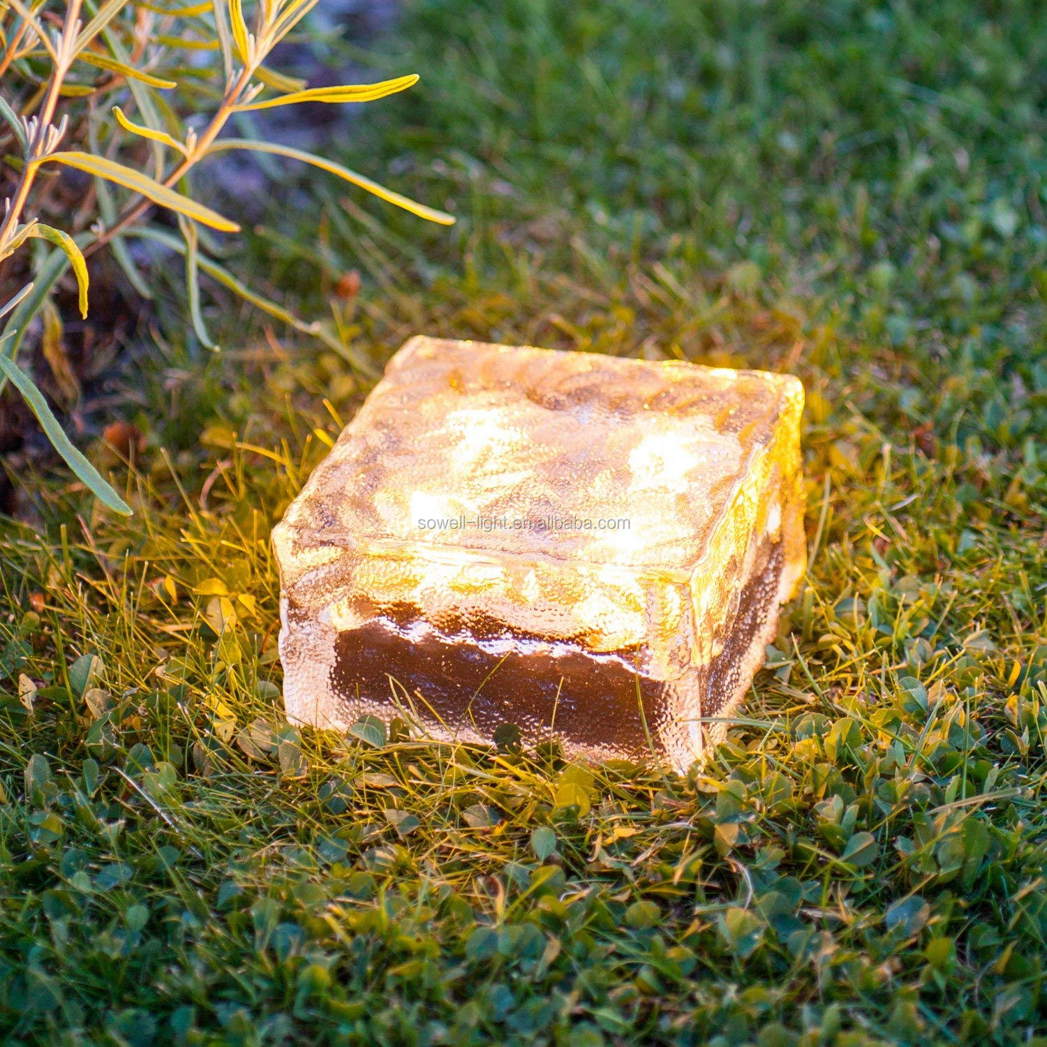 Outdoor Garden Decoration LED beacon Lighting RGB Warm white solar garden Glass Led step brick light