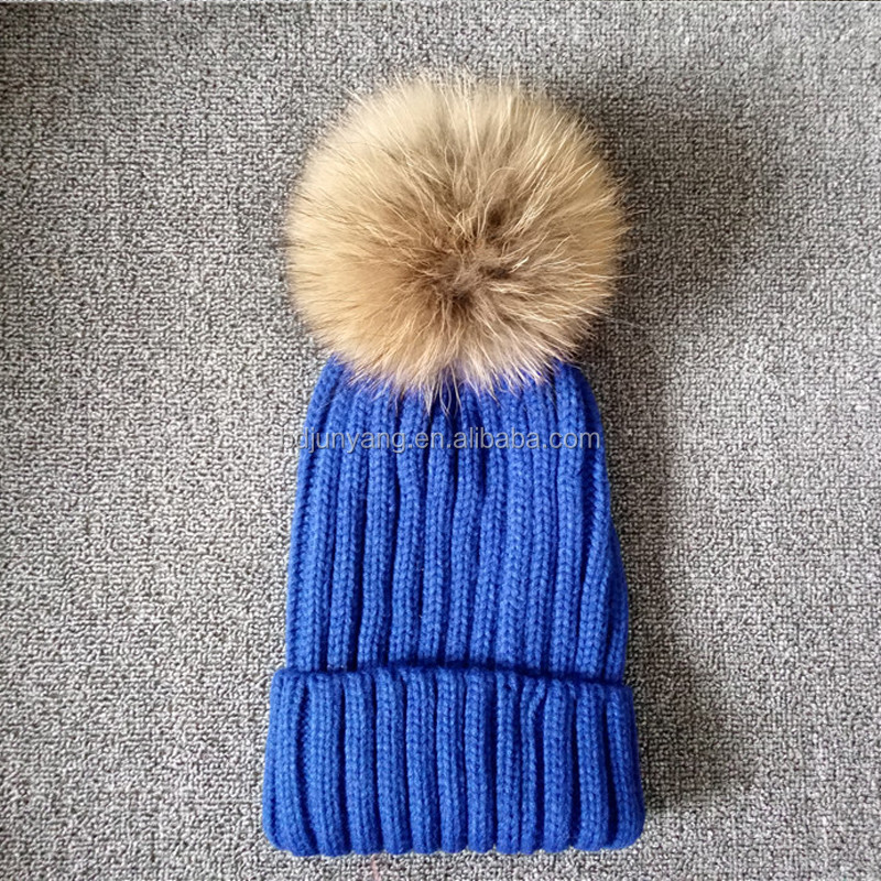 2016 hot selling Custom winter hat real fur pom blue beanie hats with top ball