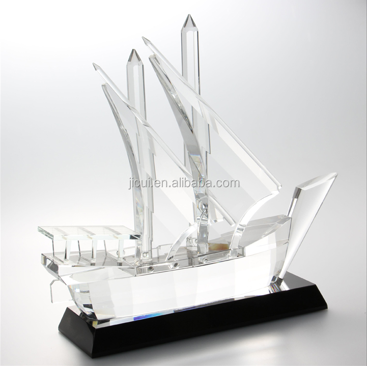 Noble Customized Made Islamic Ramadan Gift Crystal Arab Dhow for black base With Logo and Text Engraved Free