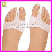 Welcome OEM color excellent gel toe separator soft material silicone bunion pain toe separators