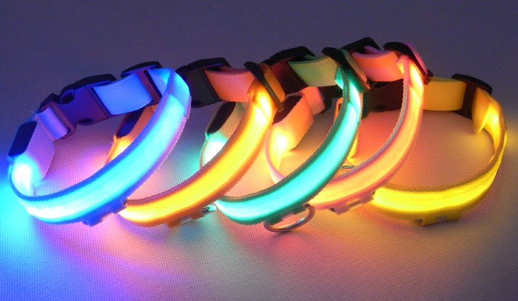 Nylon Pet LED Dog Collar Night Safety LED Flashing Glow LED Pet Supplies Dog Cat Collar