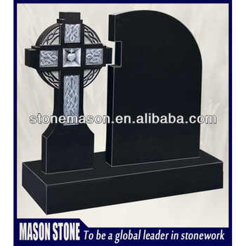 Celtic link black headstone