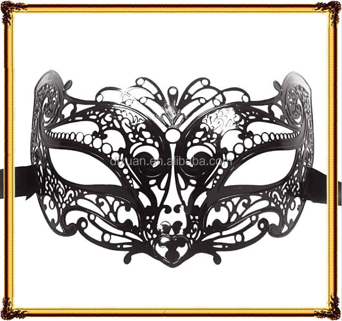 Metal nine-tailedfox raccoon dog mask Party a Halloween party half a face mask Wrought iron mask