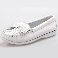 Slip on All Season Flat Heel Ladies Leather Loafers Shoes Casual Women Boat Shoes With Bow Tie