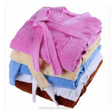 High quality 100%cotton white cut pile bathrobe /velvet pile bathrobe