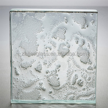 Building decorative clear cast glass panels