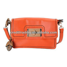 pretty girl handbag with simple style