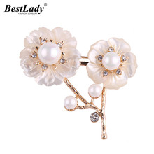 Best lady Cute Luxury Freshwater Pearls Beads Wedding Statement Flower Brooches Pins Clip Gifts For Women Girls Wholesale 5397