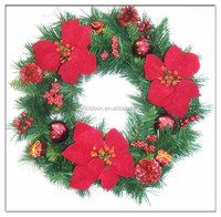 Artificial Red Flower and Plastic Ball Operated Evergreen Wreath For Christmas Outdoor Decoration