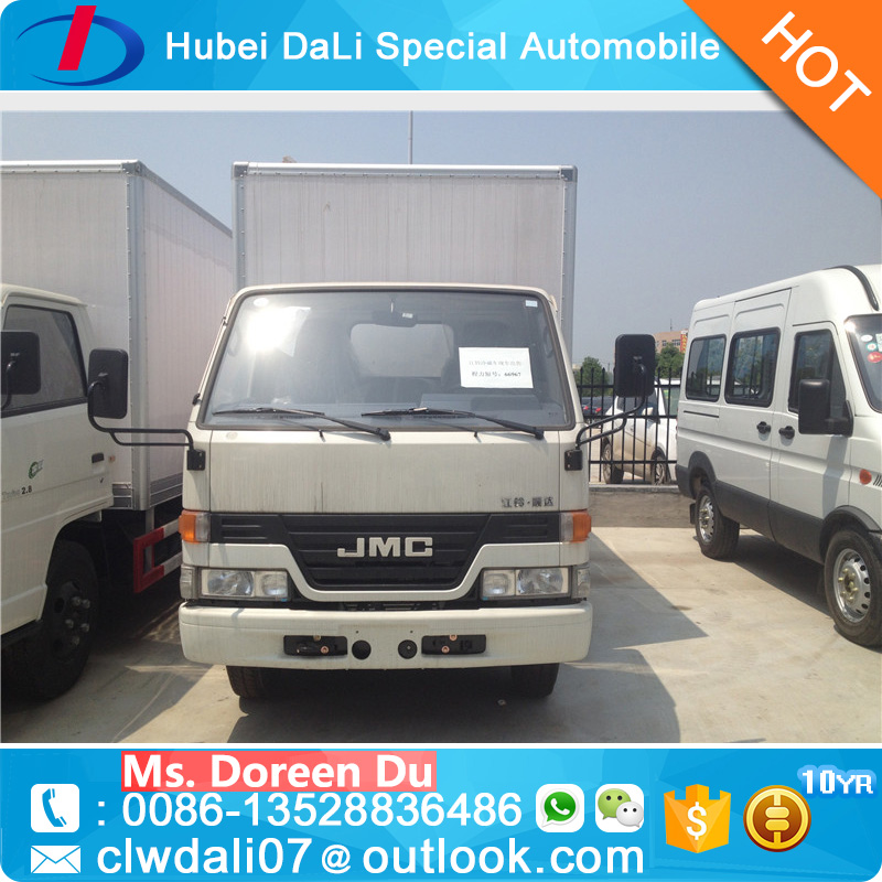 EURO 4 4x2 90KW 120hp diesel small 3.5 tons cargo trucks for sale dry cargo box truck van