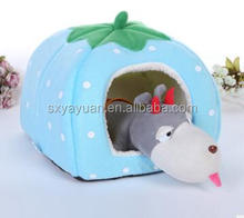 Hot sale strawberry dog bed pet house