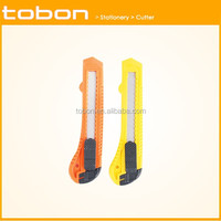 economical utility plastic cutter knife