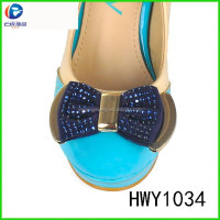 HWY1034 charming blue handmade fabric flower bead chain shoe flower for lady shoes