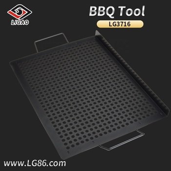 Durable non-stick design grill topper for easy clean up