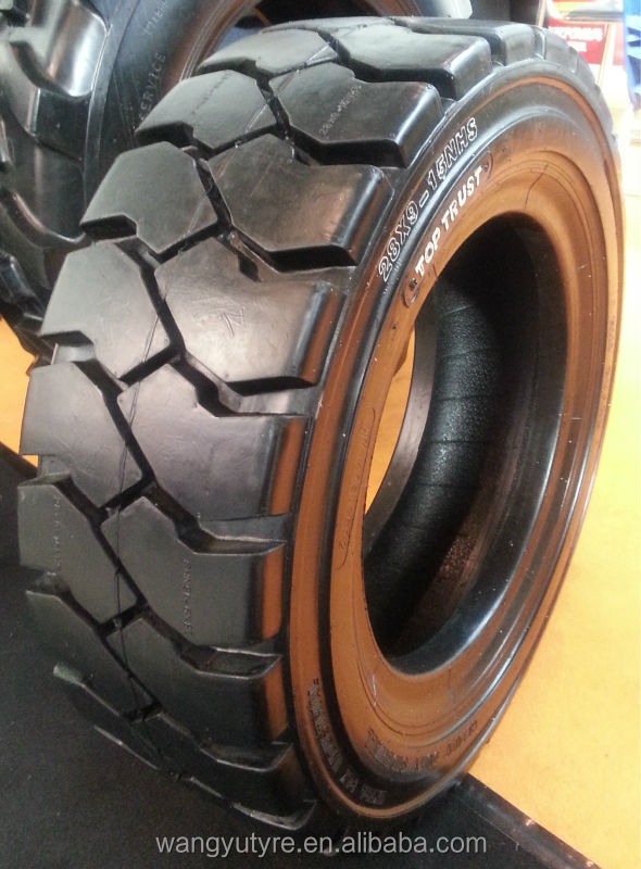 Industiral Forklift Tyre 700-12-12PR from TOP TRUST Tyre factory