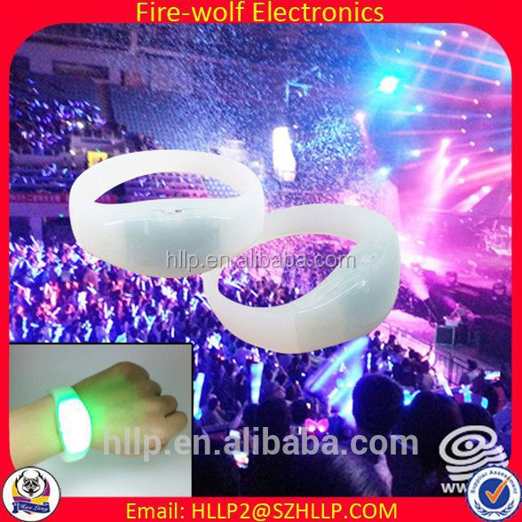 China Wholesale Party festival plastic wedding pillars columns for sale,remote control led flashing wristband