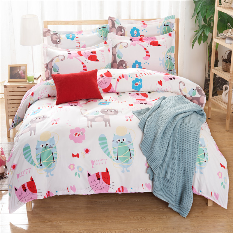 100gsm China polyester cartoon cats print bedding set wholesale