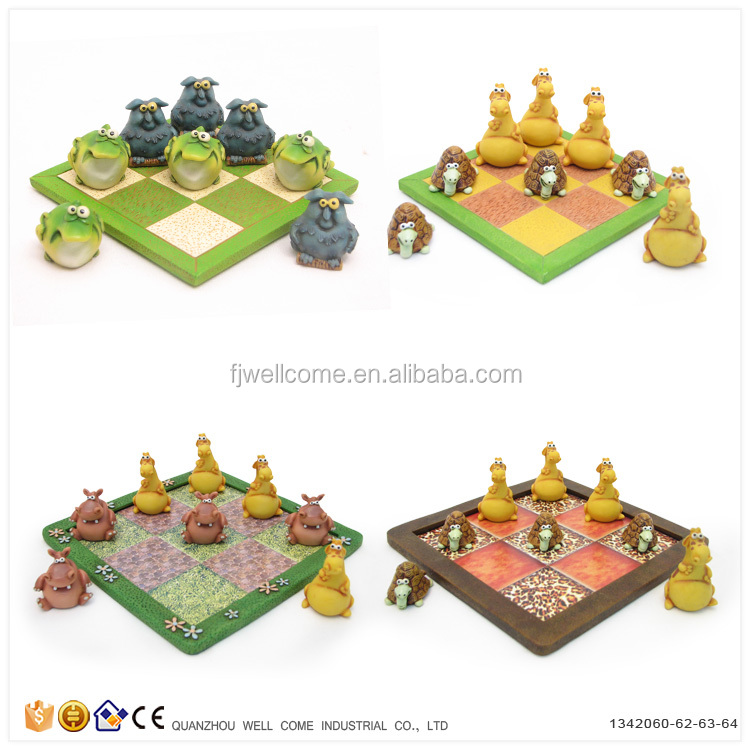 Resin Frog vs Mouse Noughts and Crosses Mini Board Games for Kids