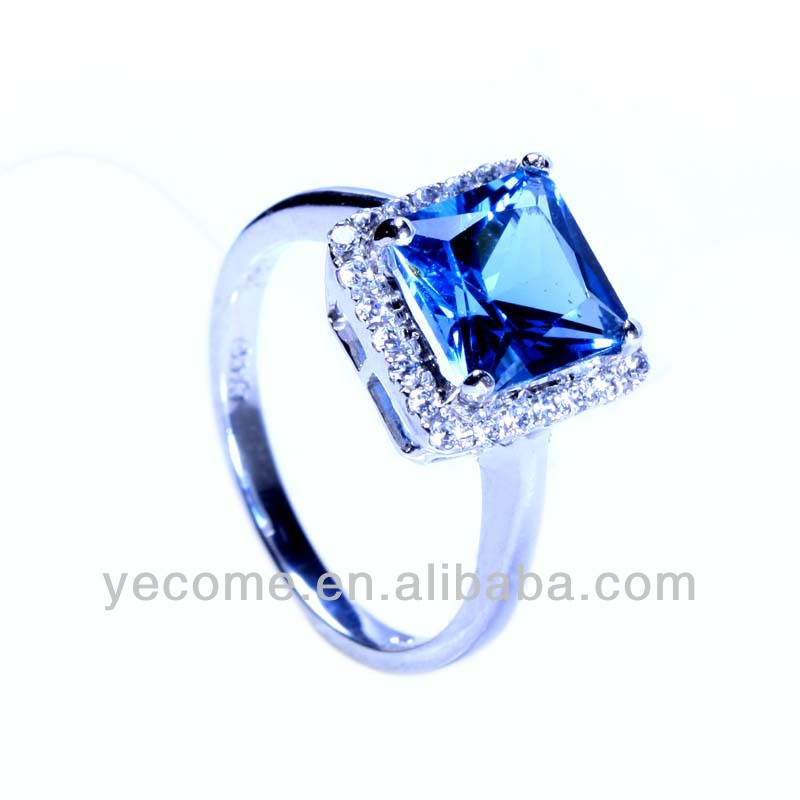 Blue Green Tourmaline Ring & Diamond Halo Solid White Gold Estate Jewelry