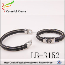 Custom black crown charms leather magnetic snap bangle bracelet