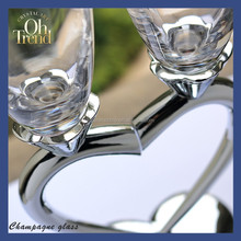 Lovely valentine's day gift and wedding decorative wholesale heart shape glass vases wine glass