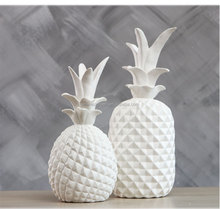 CC-012 Ceramic white pineapple Wedding Centerpiece Figurine Decoration