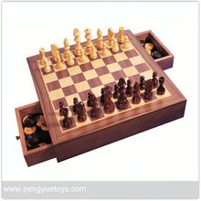 py5042 game set in wooden box from Eagle Creation Toys