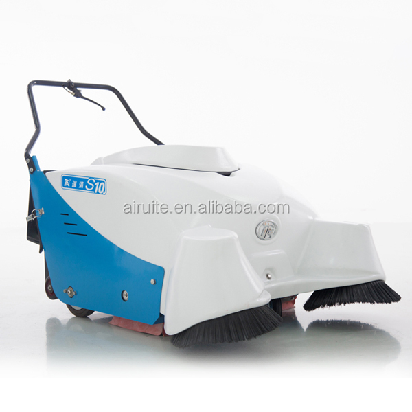 Walk behind manual floor sweeper