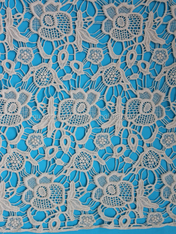2015 fashion beautiful 3D flower chemical lace fabric/Guipure lace fabric for garment