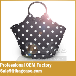 Fashionable Reusable Insulated Large Black Neoprene lunch bags for women
