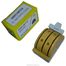 electrical change over porcelain 100A 3 pole double throw knife switch