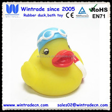 Swimming ring float duck/yellow bath toy animal