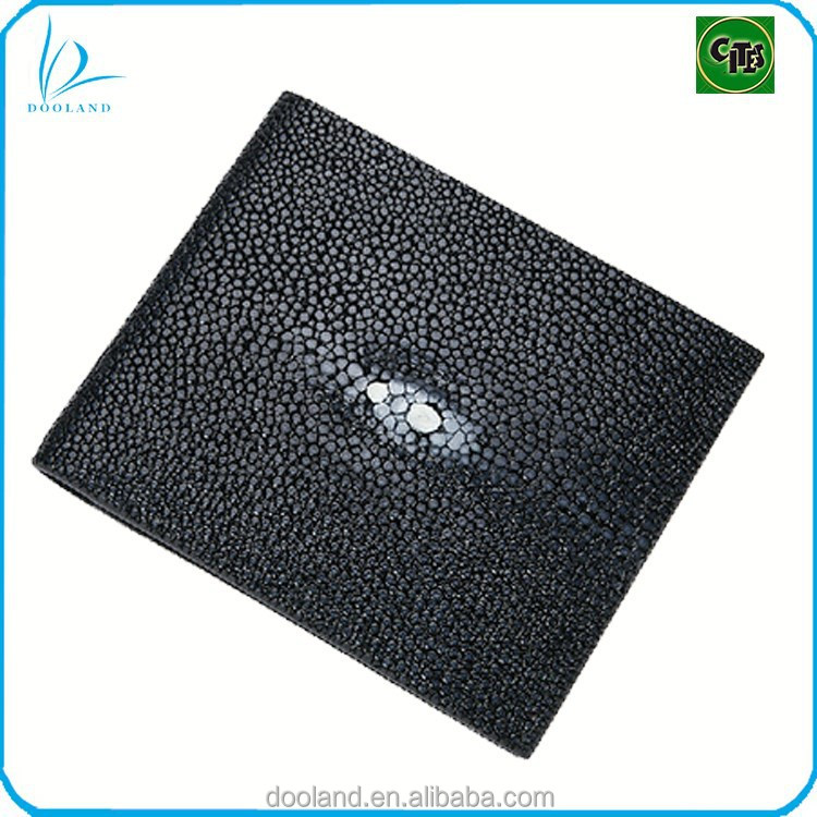 Elegant <strong>design</strong> well polished genuine stingray leather wallet