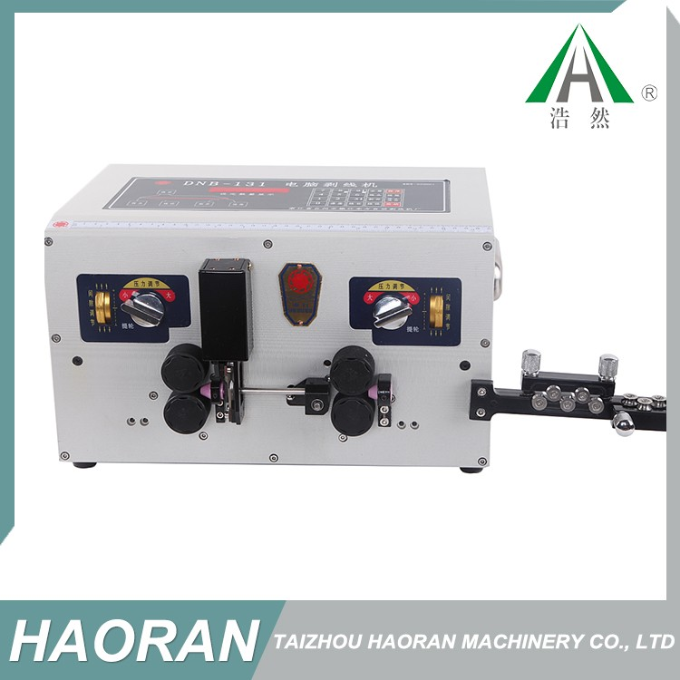 Made in China superior quality cable insulation stripping machine