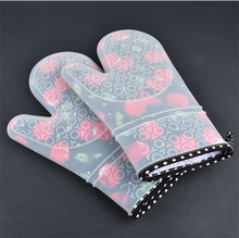 Long cherry blossoms silicone glove microwave heat insulation gloves Microwave oven kitchen utensils heat resistant gloves