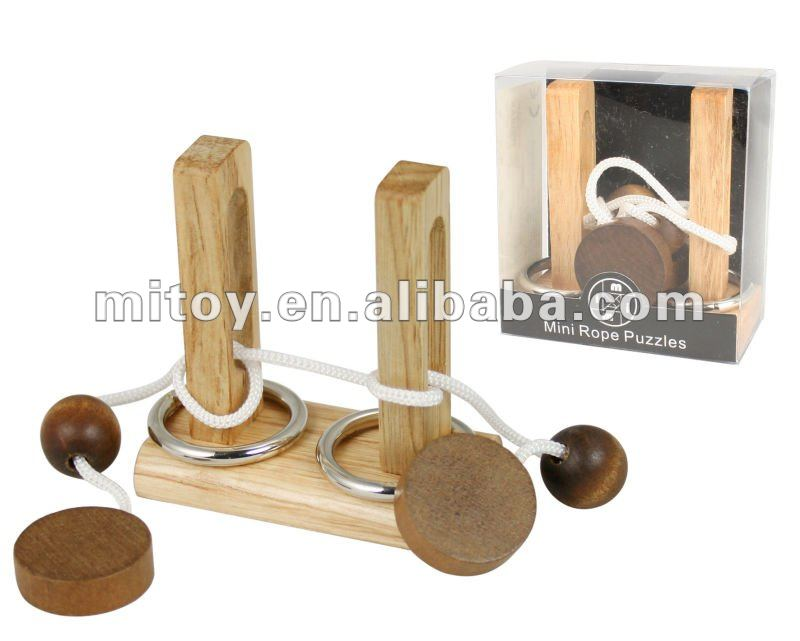 string wooden Puzzle