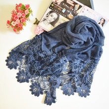 Soft Cotton Women Hollow Lace Cotton Scarf Oversized Long Shawl Wraps Fashion Embroidered Muslim Hijab Wholesale