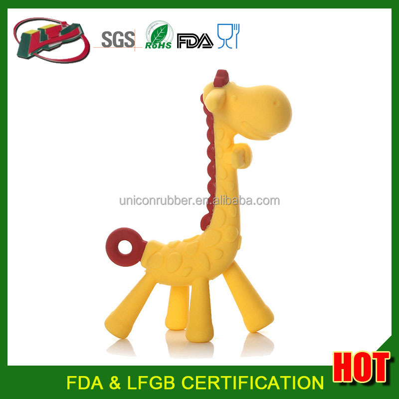 2017 New and Hot Baby Soft Cute Cartoon Yellow Giraffe Teething Toys