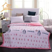 70% Bamboo 30% Cotton Beautiful Pink Padded Bed Bedspreads With Quilted Filler